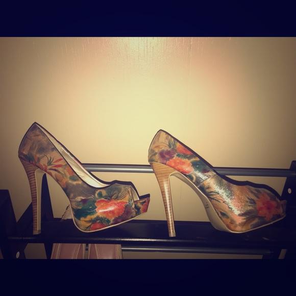 Diba Shoes - DIBA size 9